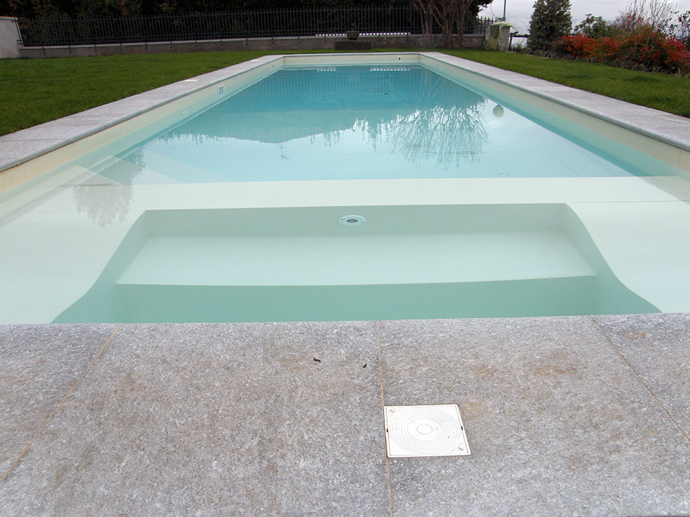 Contatti showroom loc sentino s g c siena bettolle km 28 for Berg piscine toscana